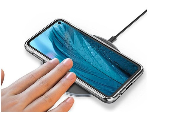 Samsung plans to no longer provide free mobile phone chargers next year