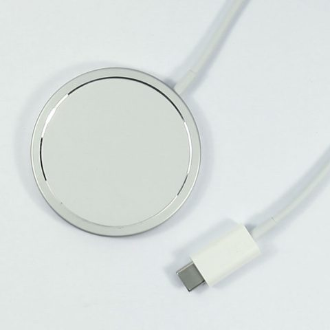 Genuine Apple iPhone Magsafe Charger MHXH3ZM/A in retail A2140 wholesale